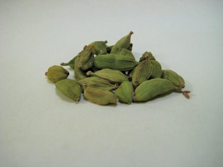 Rye Spice Green Cardamom Pods