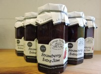 Strawberry Extra Jam – Gold Award Winner