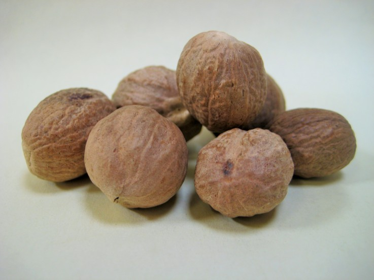 Rye Spice Whole Nutmeg